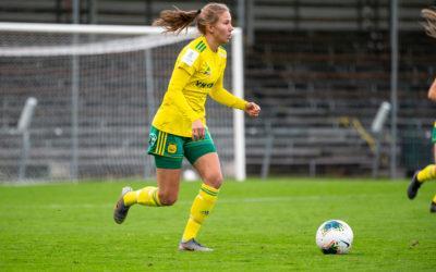 Anniina Lintilälle ja Julia Rytköselle kauden ensimmäiset minuutit liigapeleissä – nuoret puolustajat ottavat mielellään vastaan lisäminuutteja